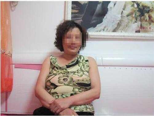 玉米地里的女人_50岁女人照片 农村五十岁女人照片和征婚心态 - 阅奇网