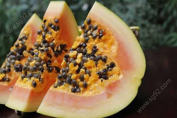 女孩子平时都应该多吃这几种水果 有什么水果好吃的