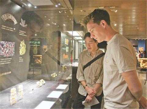 阿富汗国家宝藏展亮相清华大学艺术博物馆 清华大学博物馆