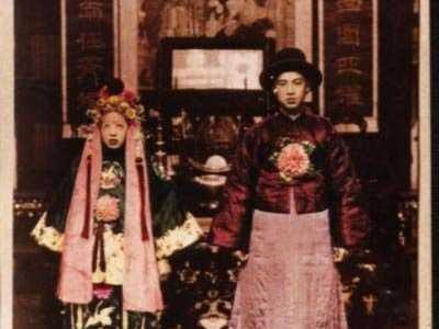 中国十大诡异图片冥婚 很著名的一张照片