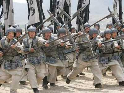 拼命在第一排冲锋 古代打仗士兵不怕死吗