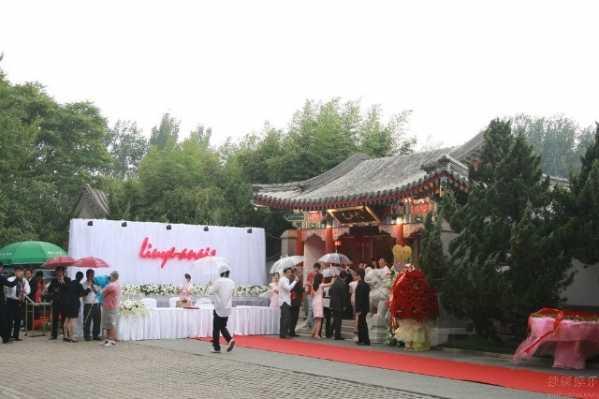 刘烨浪漫特色婚礼解析 刘烨结婚