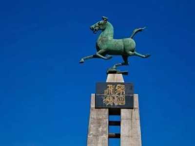 中国旅游标志马踏飞燕 跟着文物游武威