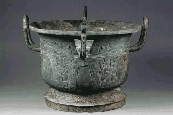 农民挖出周朝古墓27件文物 周王朝的墓